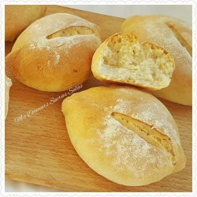 https://mes-douceurs-sucrees-salees.com/2017/01/19/pain-portugais-papo-seco/